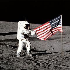 Obama: ZDA vsaj še 10 let ne bodo šle na Luno