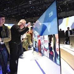 Sonyjev novi televizor je tako tanek kot najtanjši mobilnik