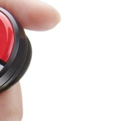 Zapestnica Pokemon Go Plus pride šele septembra