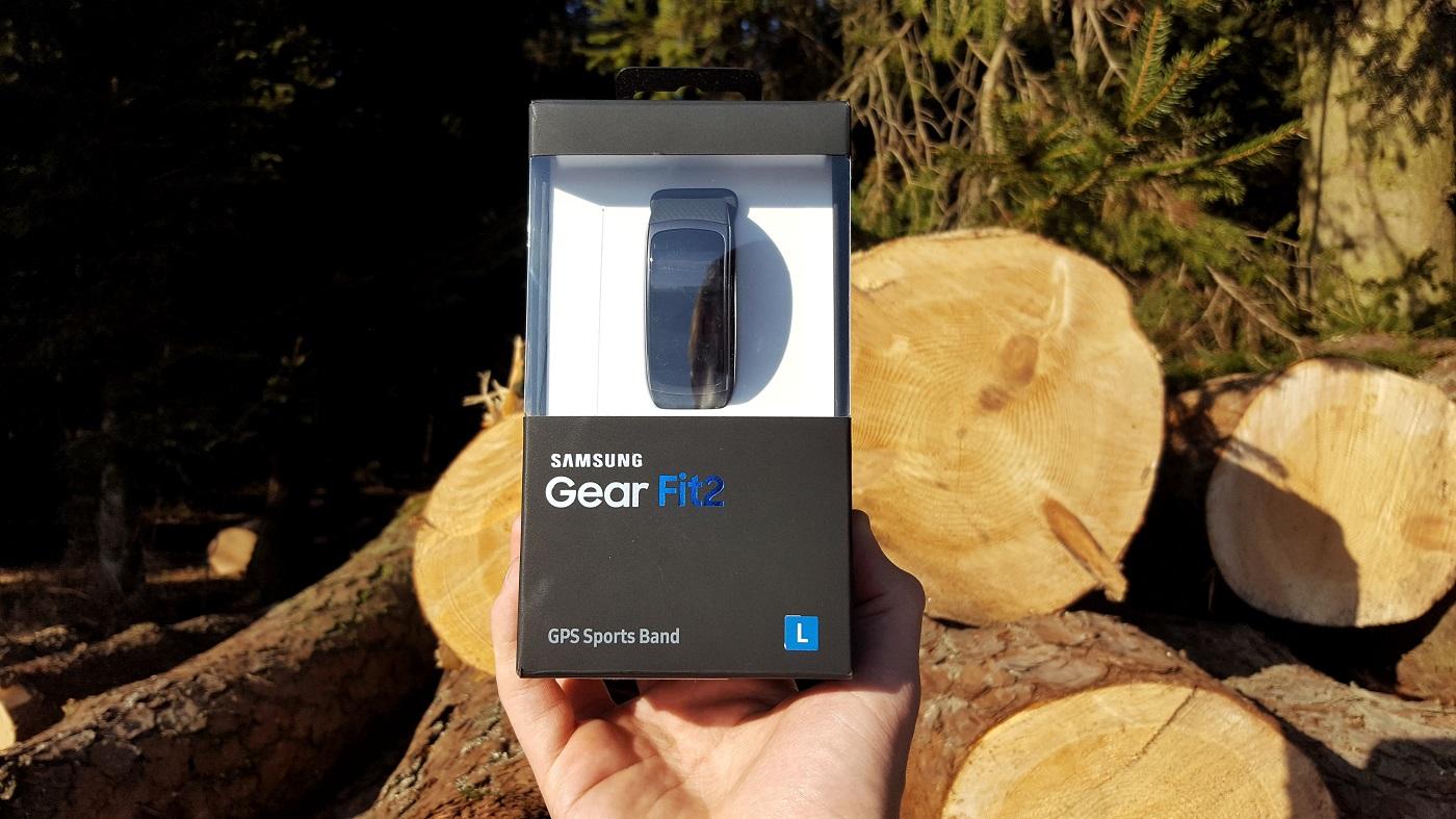 Samsung Gear Fit 2 skatla