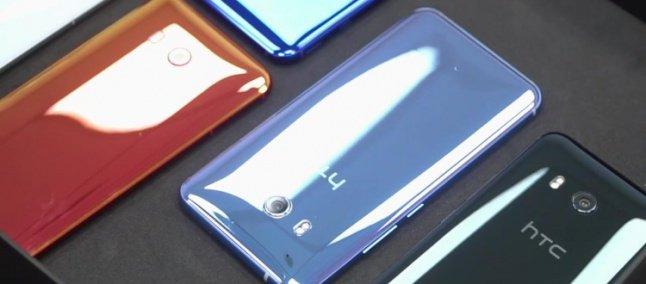 HTC je v letošnjem letu predstavil zanimiv oblikovalski stil s kombinacijo kovina in stekla, ki hipnotizirajoče ujema svetlobo. Vir: mobilescout.com